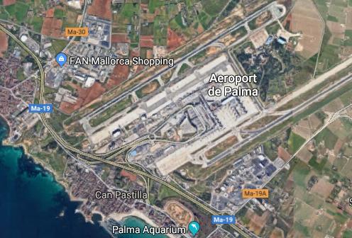 Airport Palma VIP parking